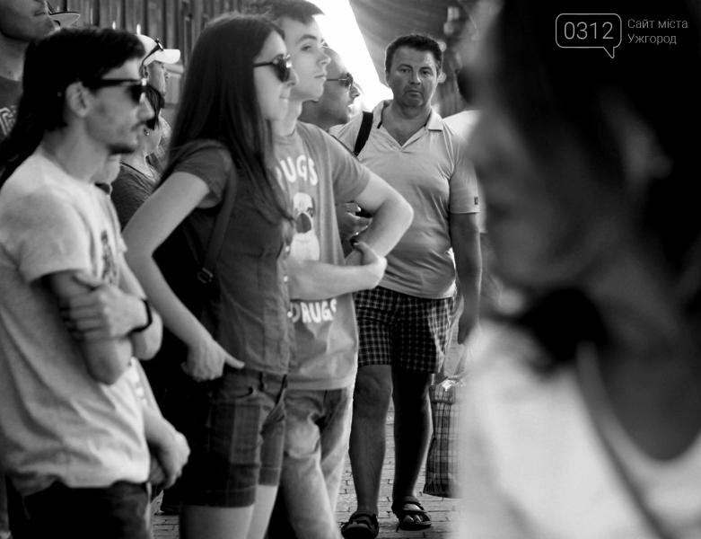 """В Ужгороді на залізничному вокзалі пролунав """"Круглий звук"""": фоторепортаж, фото-19"""