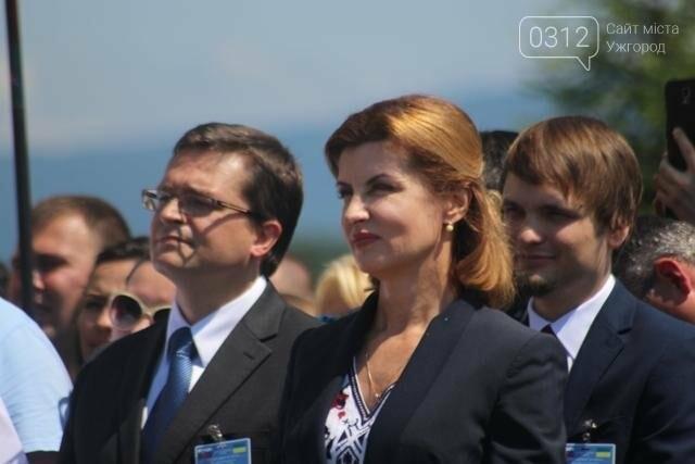 Як на кордоні в Ужгороді президент Порошенко двері у Європу відчиняв: фоторепортаж, фото-9