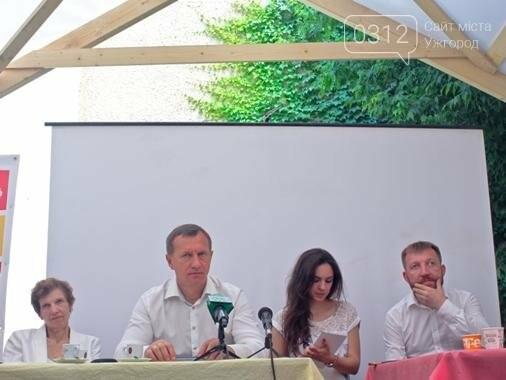 Рандеву ужгородців з Андріївим: кава, бутерброди та дерибан (ФОТОРЕПОРТАЖ), фото-13