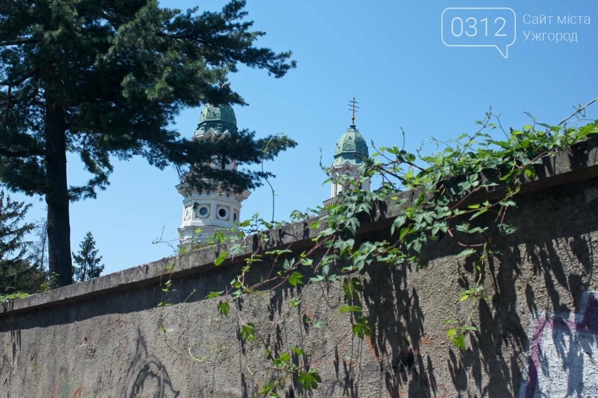 Шлях у один кінець: як в Ужгороді капітально ремонтують Замкові сходи - фоторепортаж, фото-13
