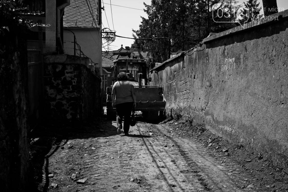 Шлях у один кінець: як в Ужгороді капітально ремонтують Замкові сходи - фоторепортаж, фото-3