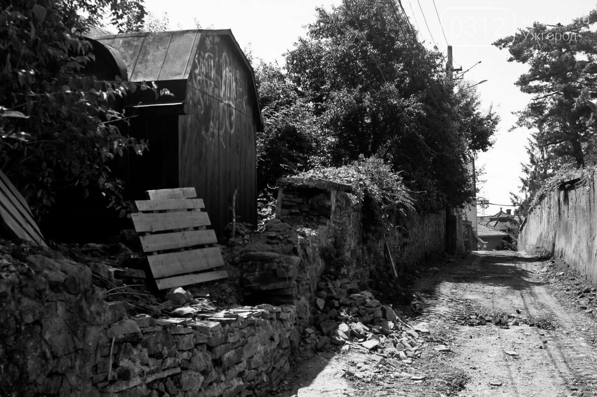Шлях у один кінець: як в Ужгороді капітально ремонтують Замкові сходи - фоторепортаж, фото-8