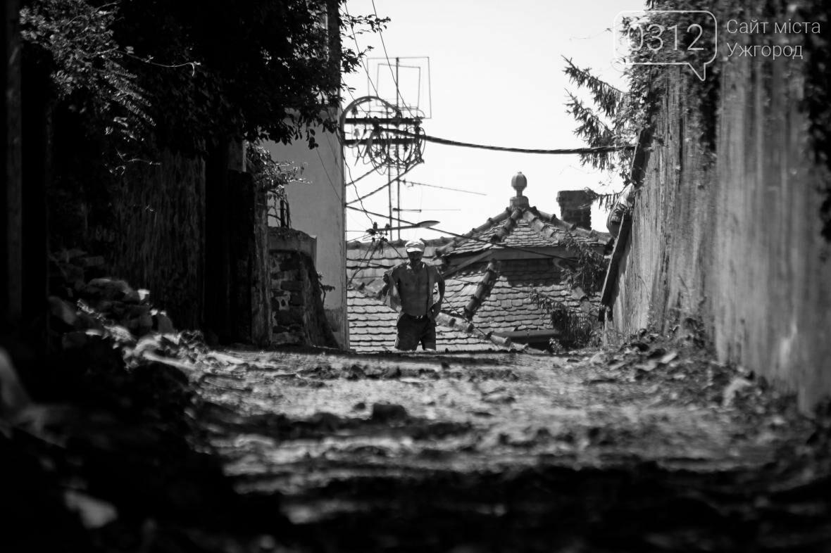 Шлях у один кінець: як в Ужгороді капітально ремонтують Замкові сходи - фоторепортаж, фото-9