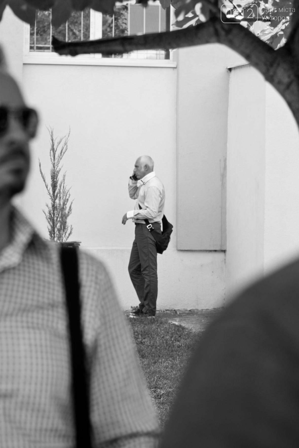 День знань  в ужгородській ЗОШ №3: без позіхань, зате із бабою Ягою (ФОТОРЕПОРТАЖ), фото-22