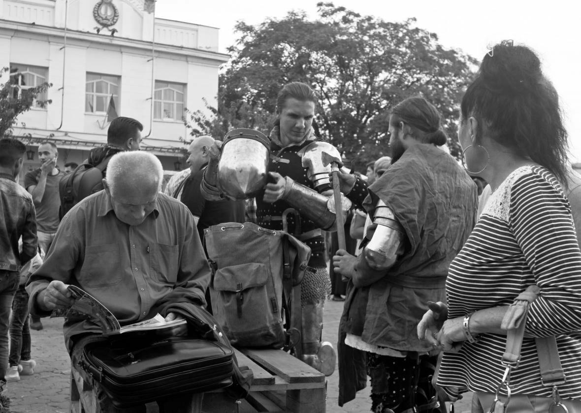 Ужгород говорив мовою сердець: на Театральній пройшло мультикультурне свято (ФОТОРЕПОРТАЖ), фото-17