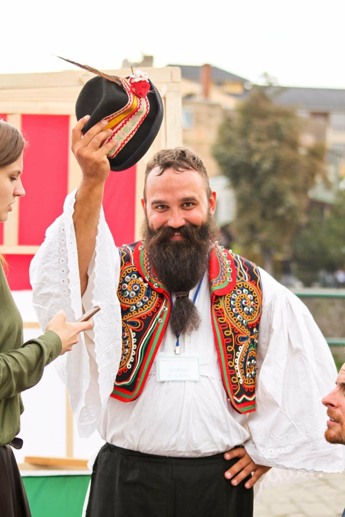 Ужгород говорив мовою сердець: на Театральній пройшло мультикультурне свято (ФОТОРЕПОРТАЖ), фото-27