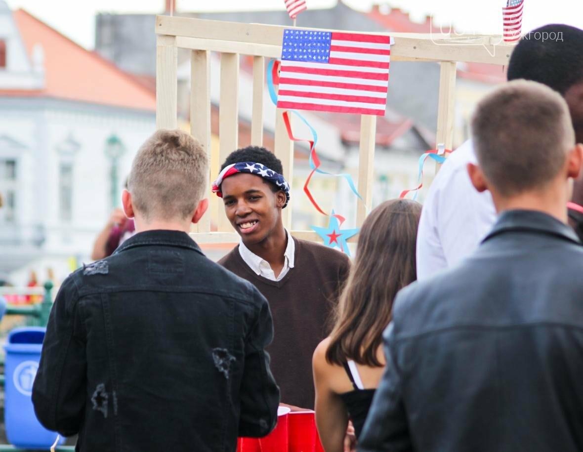 Ужгород говорив мовою сердець: на Театральній пройшло мультикультурне свято (ФОТОРЕПОРТАЖ), фото-31