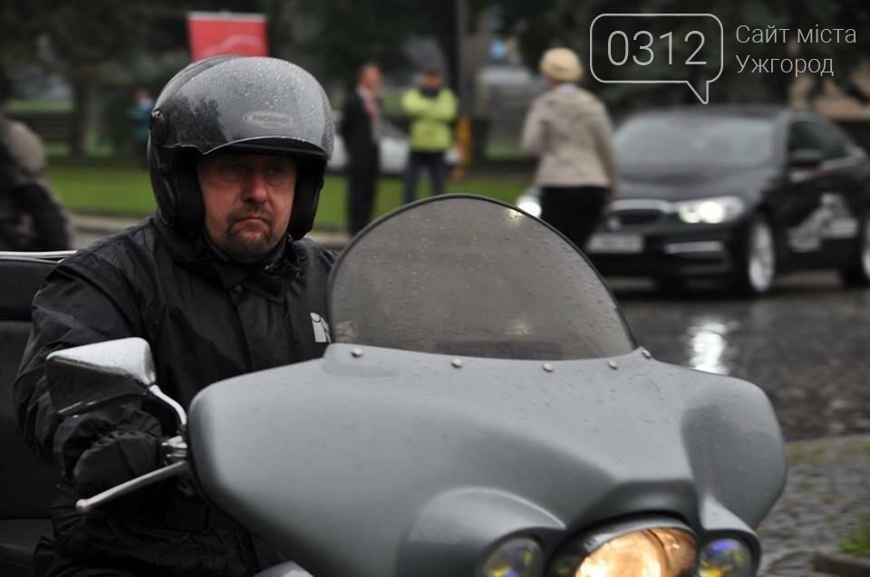 У день народження Ужгорода місто заполонили унікальні мотоцикли (ФОТО, ВІДЕО), фото-4