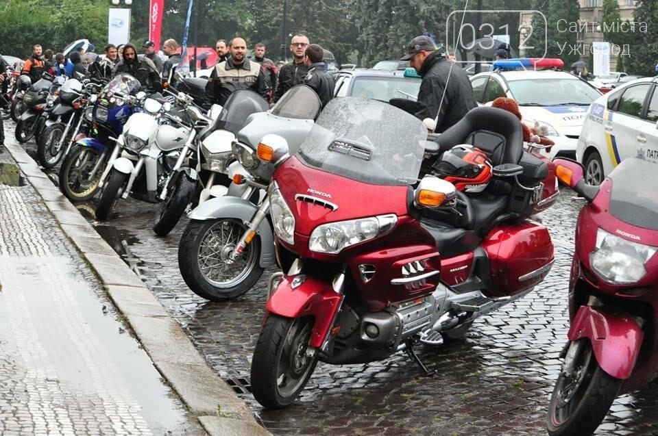 У день народження Ужгорода місто заполонили унікальні мотоцикли (ФОТО, ВІДЕО), фото-9