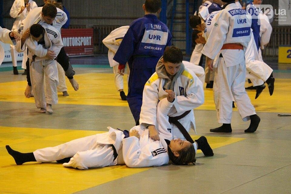 260 учасників з 7 країн світу: в Ужгороді стартував міжнародний турнір з дзюдо (ФОТОРЕПОРТАЖ), фото-11