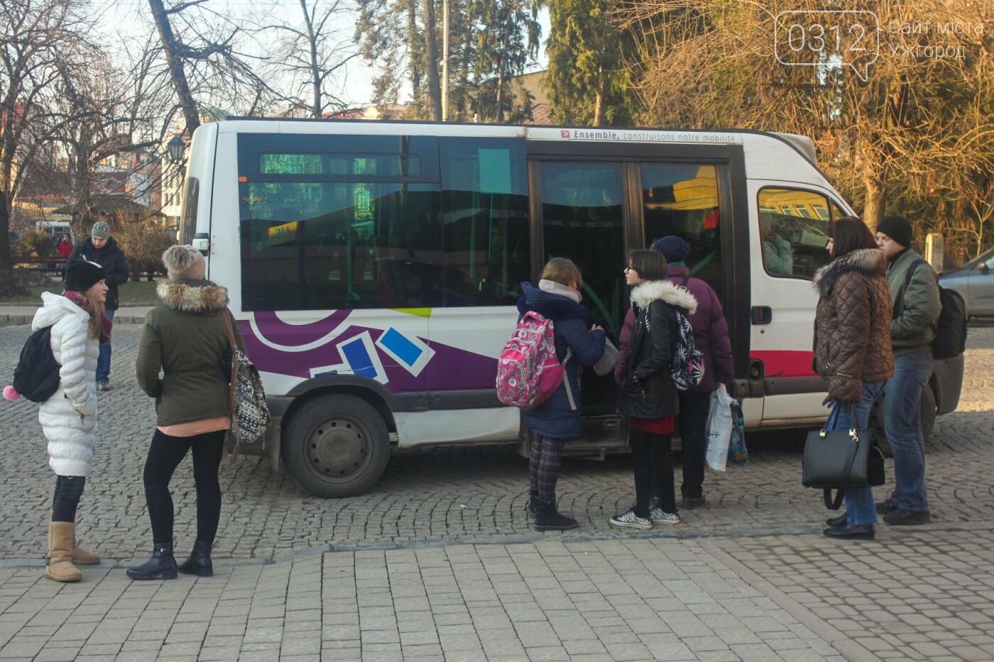 Проблема №15/22: в Ужгороді пасажири півтори години чекають на «маршрутку», а потім скидаються на таксі (РЕПОРТАЖ), фото-7