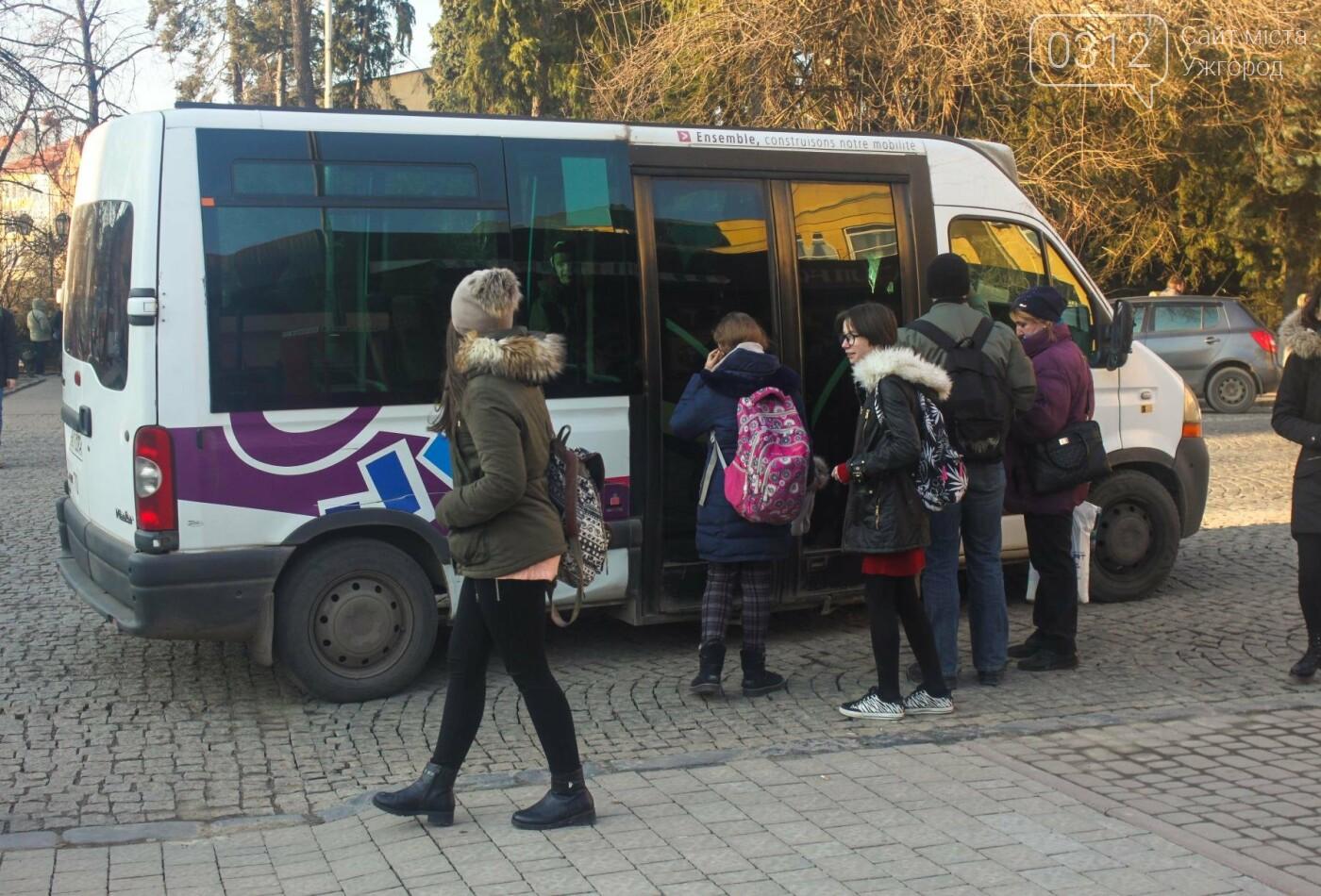 Проблема №15/22: в Ужгороді пасажири півтори години чекають на «маршрутку», а потім скидаються на таксі (РЕПОРТАЖ), фото-15