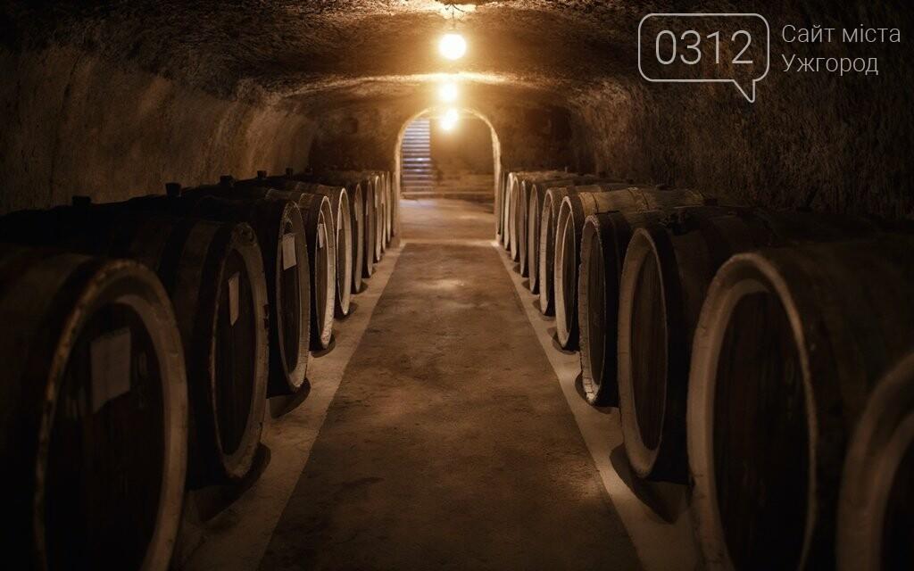 Як виглядає атмосфера винних підвалів у Середньому: фото, фото-1