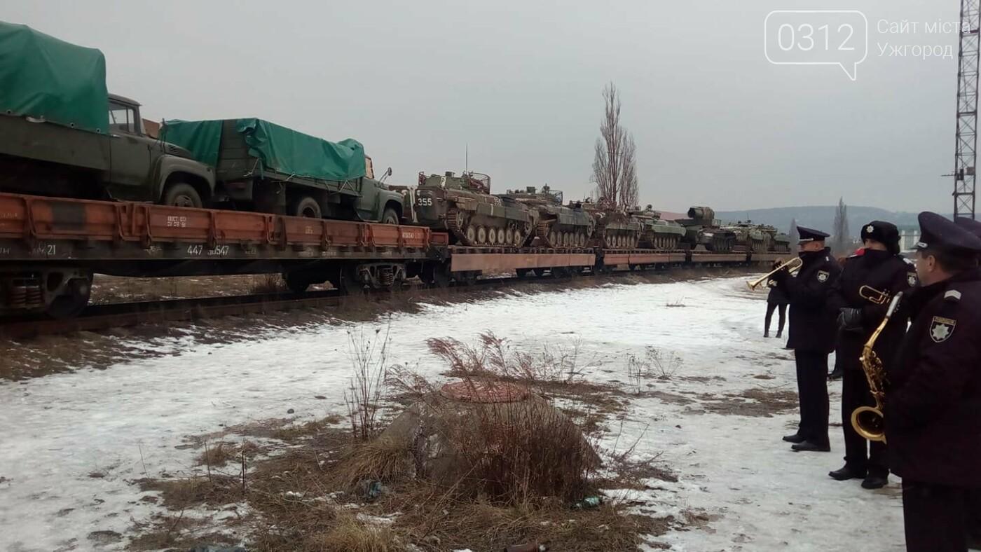 Вітаємо Героїв: в Ужгород повернувся 2-й гірсько-піхотний батальйон (ФОТО, ВІДЕО), фото-6