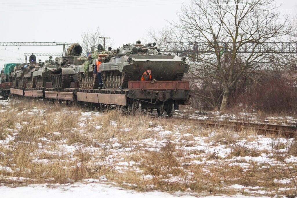 Вони обороняли позиції за 100 метрів від ворога: в Ужгороді зустріли 2-й гірсько-піхотний батальйон 128-ї бригади (ФОТОРЕПОРТАЖ), фото-11