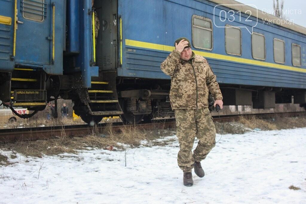 Вони обороняли позиції за 100 метрів від ворога: в Ужгороді зустріли 2-й гірсько-піхотний батальйон 128-ї бригади (ФОТОРЕПОРТАЖ), фото-9