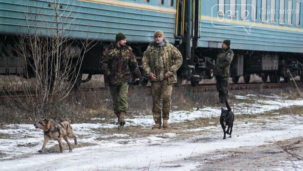Вони обороняли позиції за 100 метрів від ворога: в Ужгороді зустріли 2-й гірсько-піхотний батальйон 128-ї бригади (ФОТОРЕПОРТАЖ), фото-13