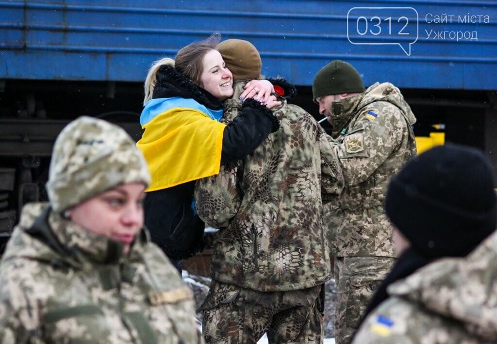 Вони обороняли позиції за 100 метрів від ворога: в Ужгороді зустріли 2-й гірсько-піхотний батальйон 128-ї бригади (ФОТОРЕПОРТАЖ), фото-28
