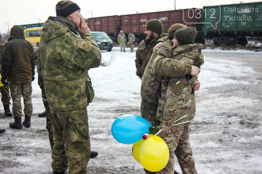 Вони обороняли позиції за 100 метрів від ворога: в Ужгороді зустріли 2-й гірсько-піхотний батальйон 128-ї бригади (ФОТОРЕПОРТАЖ), фото-29