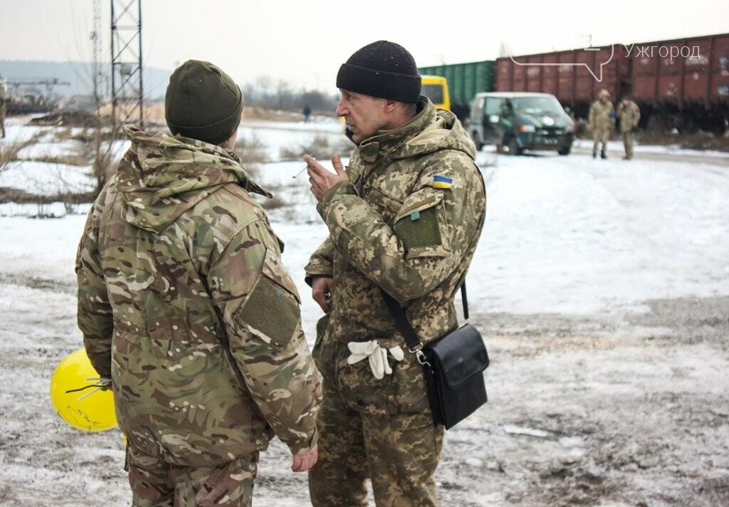 Вони обороняли позиції за 100 метрів від ворога: в Ужгороді зустріли 2-й гірсько-піхотний батальйон 128-ї бригади (ФОТОРЕПОРТАЖ), фото-30
