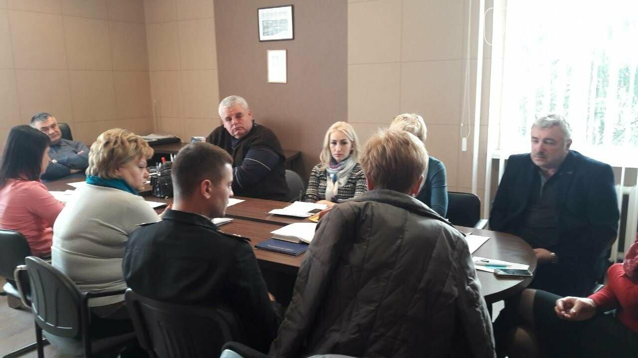 Грип і ГРВІ: усі школи ужгородського району пішли на 2 тижні на вимушені канікули , фото-1