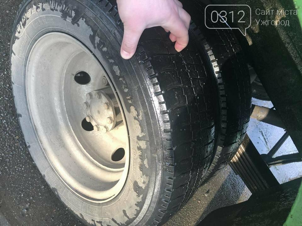 """Після публікації 0312.ua Укртрансбезпека змусила перевізника поміняти діряві шини на """"маршрутці"""" №15 (ФОТО), фото-7"""