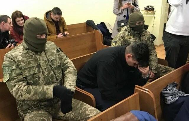 """В Ужгороді одному з """"терористів"""", причетних до підпалу офісу угорців обрали тримання під вартою (ФОТО), фото-1"""
