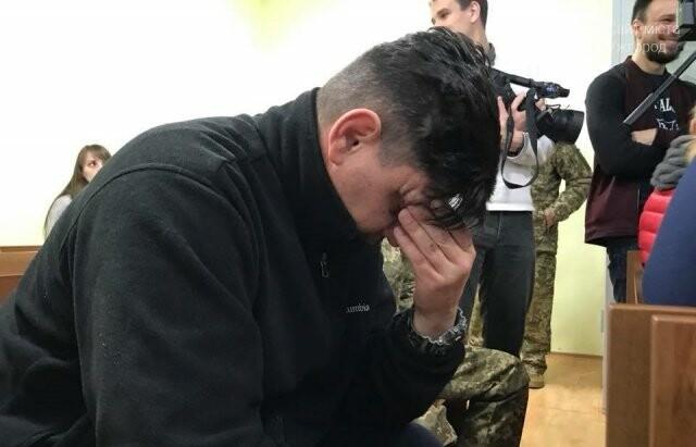 """В Ужгороді одному з """"терористів"""", причетних до підпалу офісу угорців обрали тримання під вартою (ФОТО), фото-2"""