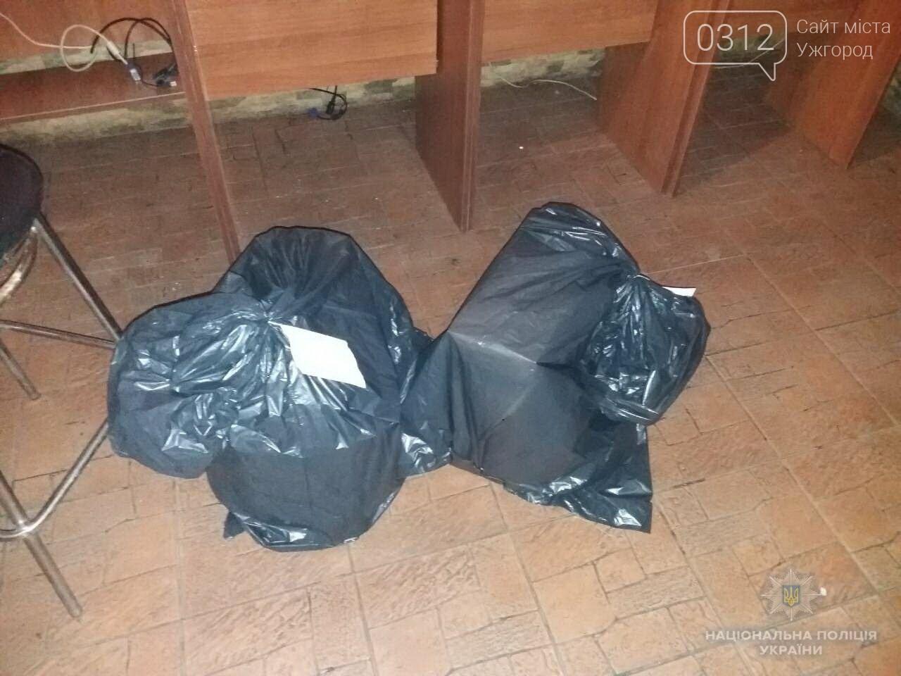 """В Іршаві люди допомогли поліції """"накрити"""" ігровий зал, захований у кафе (ФОТО), фото-2"""