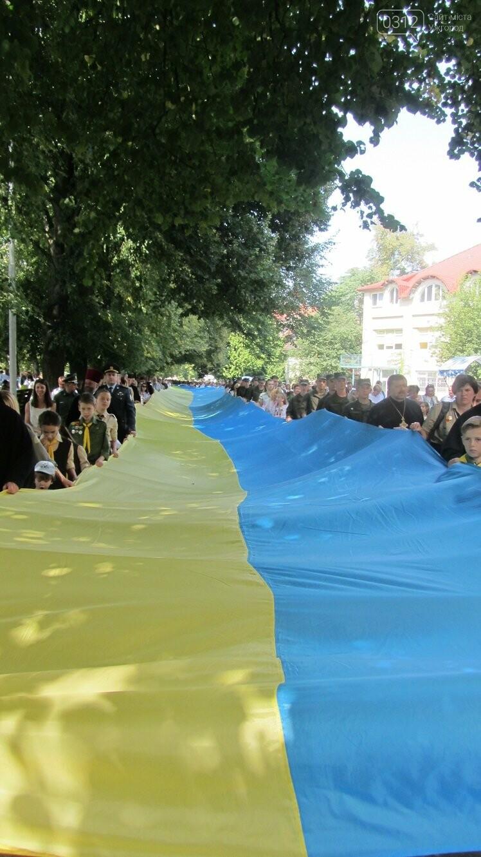 Береги Ужа з'єднали 100-метровим прапором України (ФОТО, ВІДЕО), фото-9