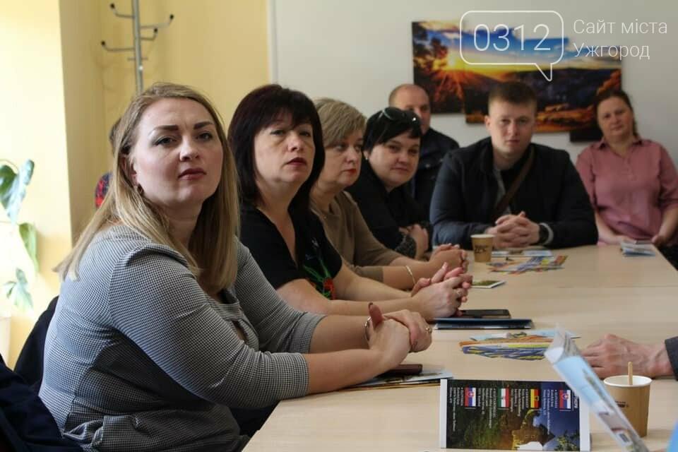 Роланд Цебер разом з правоохоронцями Закарпаття та Донбасу провів прийом громадян на Ужгородщині (ФОТО), фото-3