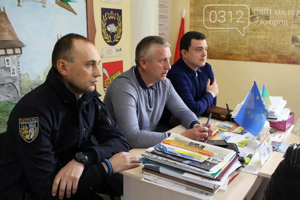 Роланд Цебер разом з правоохоронцями Закарпаття та Донбасу провів прийом громадян на Ужгородщині (ФОТО), фото-8