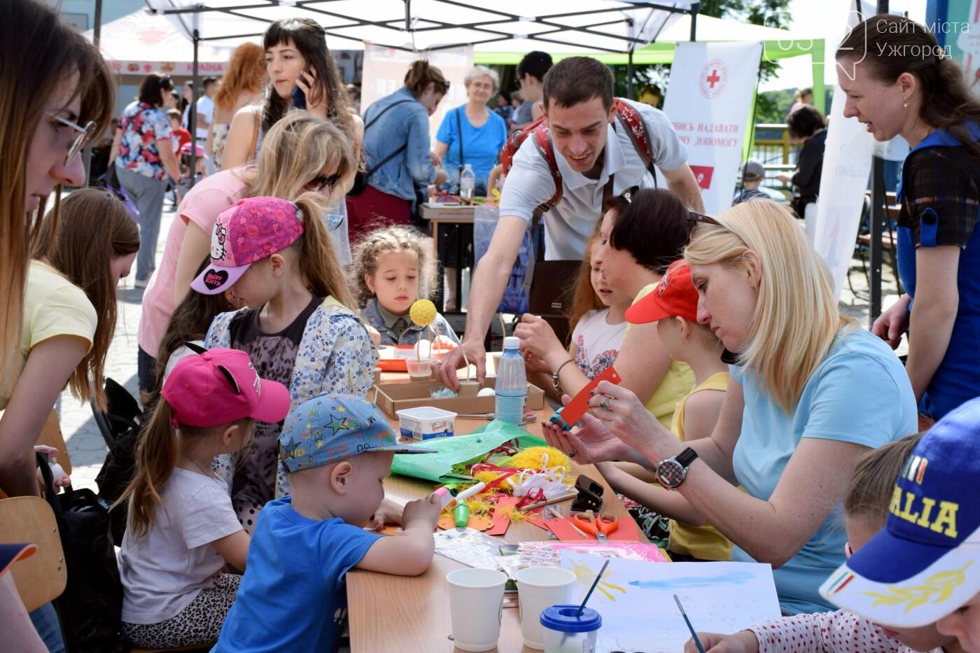 Про один день із безмежного дитячого щастя в Ужгороді (ФОТОРЕПОРТАЖ), фото-8