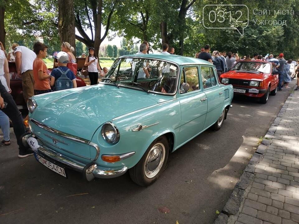 «Земплінське ралі автоветеранів» зібрало в Ужгороді близько 100 ретро автомобілів (ФОТО), фото-26