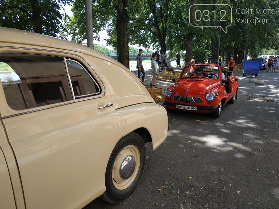 «Земплінське ралі автоветеранів» зібрало в Ужгороді близько 100 ретро автомобілів (ФОТО), фото-18