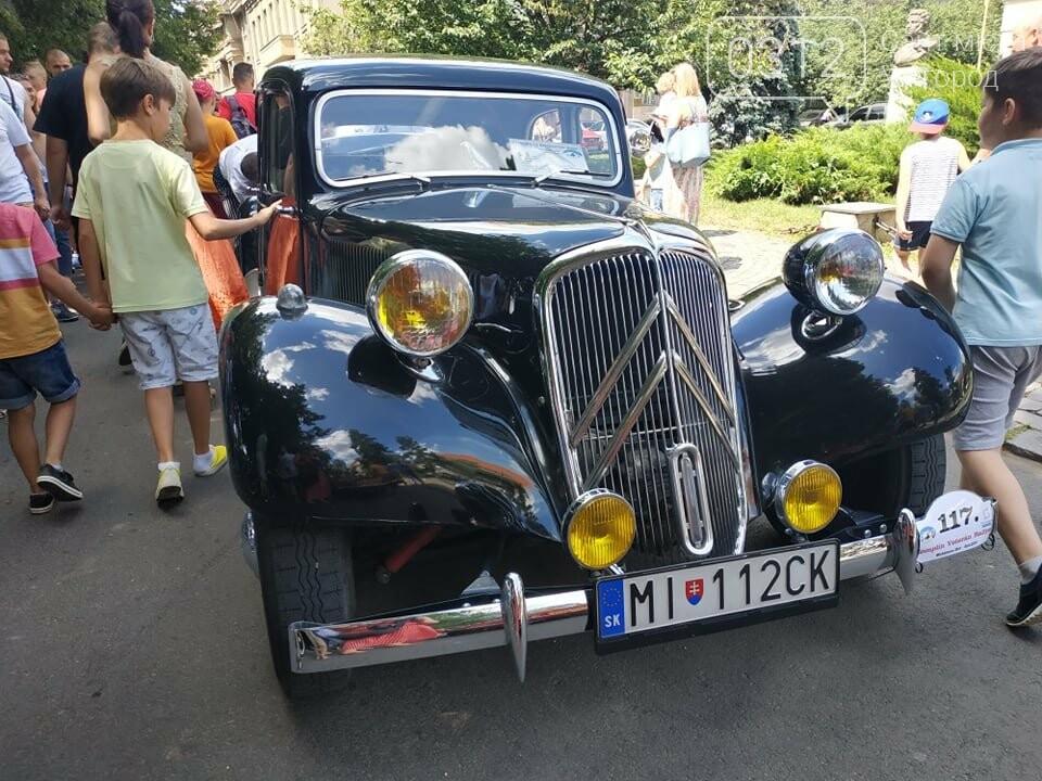«Земплінське ралі автоветеранів» зібрало в Ужгороді близько 100 ретро автомобілів (ФОТО), фото-20