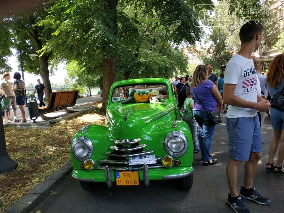 «Земплінське ралі автоветеранів» зібрало в Ужгороді близько 100 ретро автомобілів (ФОТО), фото-22