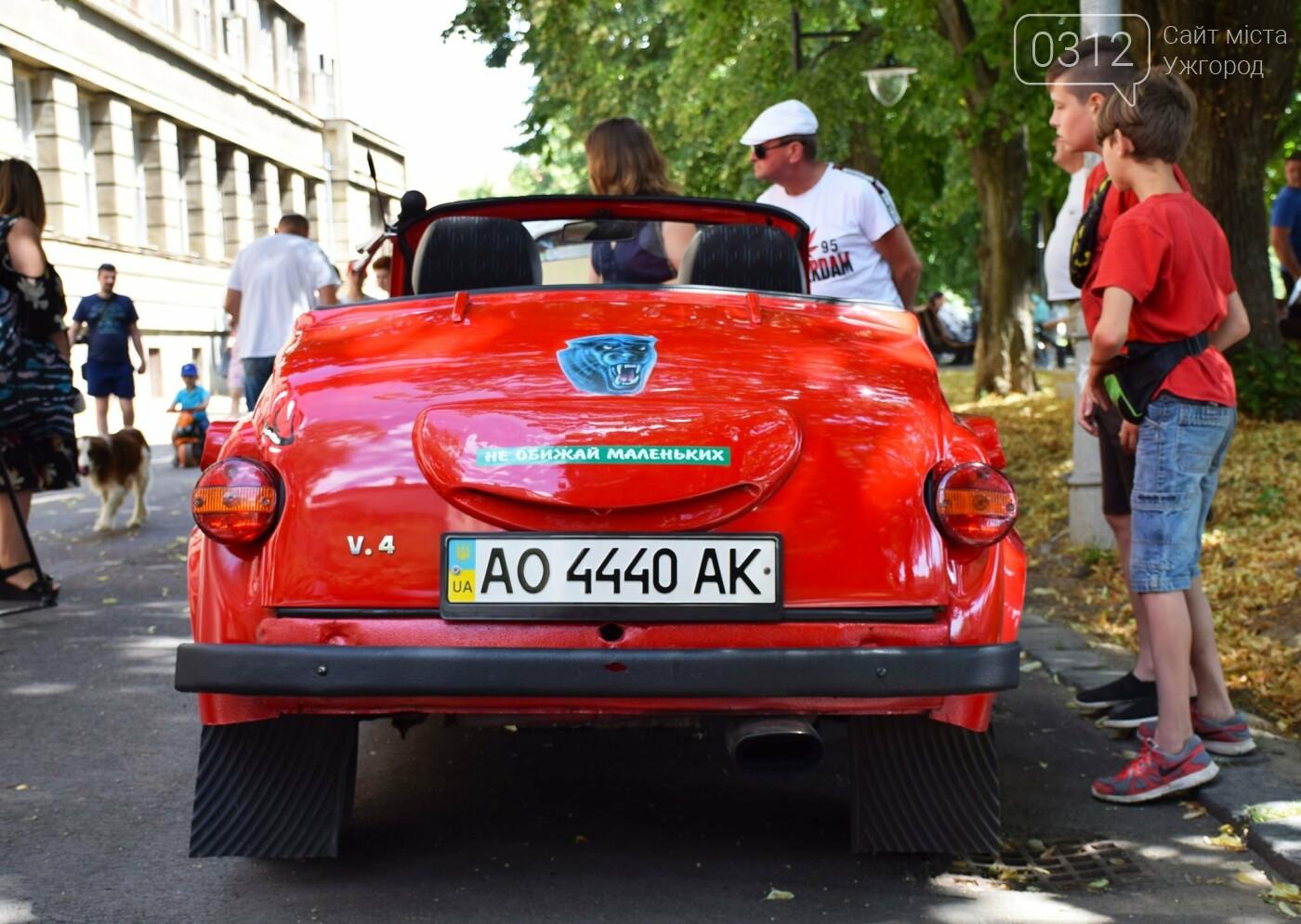«Земплінське ралі автоветеранів» зібрало в Ужгороді близько 100 ретро автомобілів (ФОТО), фото-1