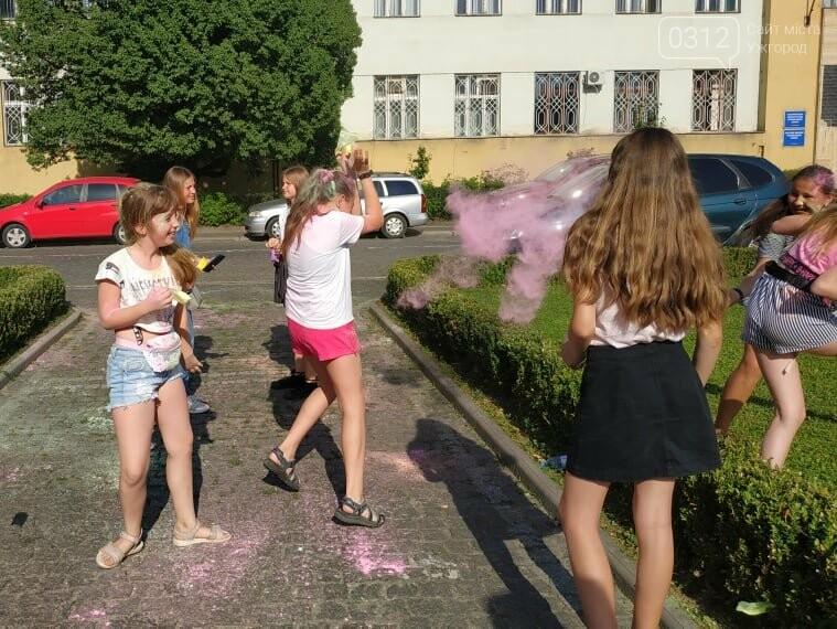 День молоді в Ужгороді у настрої всіх кольорів (ФОТОРЕПОРТАЖ), фото-3