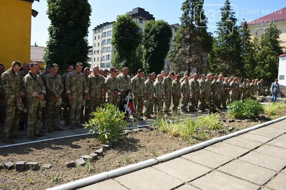 Меморіал загиблим воїнам-захисникам України відкрили в Ужгороді (ФОТОРЕПОРТАЖ), фото-3
