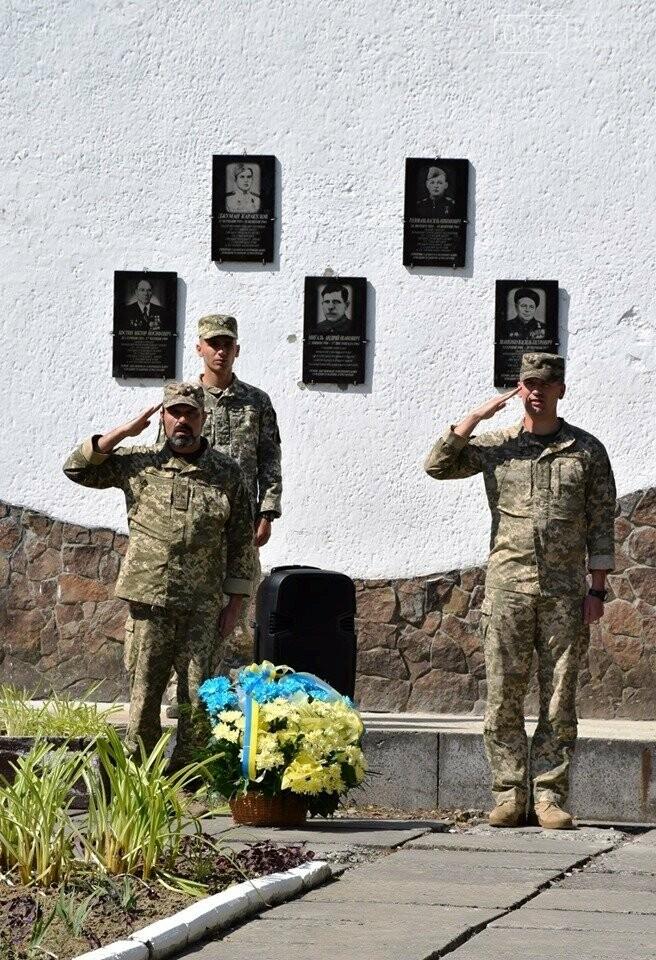 Меморіал загиблим воїнам-захисникам України відкрили в Ужгороді (ФОТОРЕПОРТАЖ), фото-10