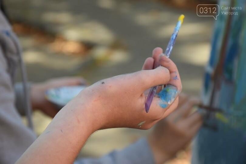 Панораму мальовничого Ужгорода створювали юні художники обласного центру (ФОТОРЕПОРТАЖ) , фото-11