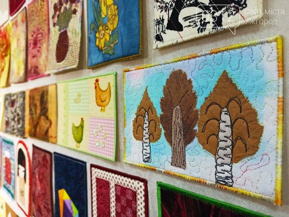 Листівки із сотень клаптиків – в Ужгороді презентували унікальну колекцію у техніці печворк (ФОТО), фото-7