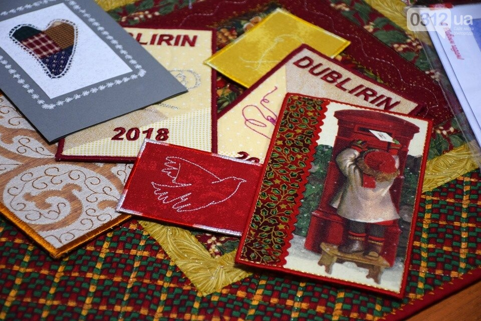 Листівки із сотень клаптиків – в Ужгороді презентували унікальну колекцію у техніці печворк (ФОТО), фото-3