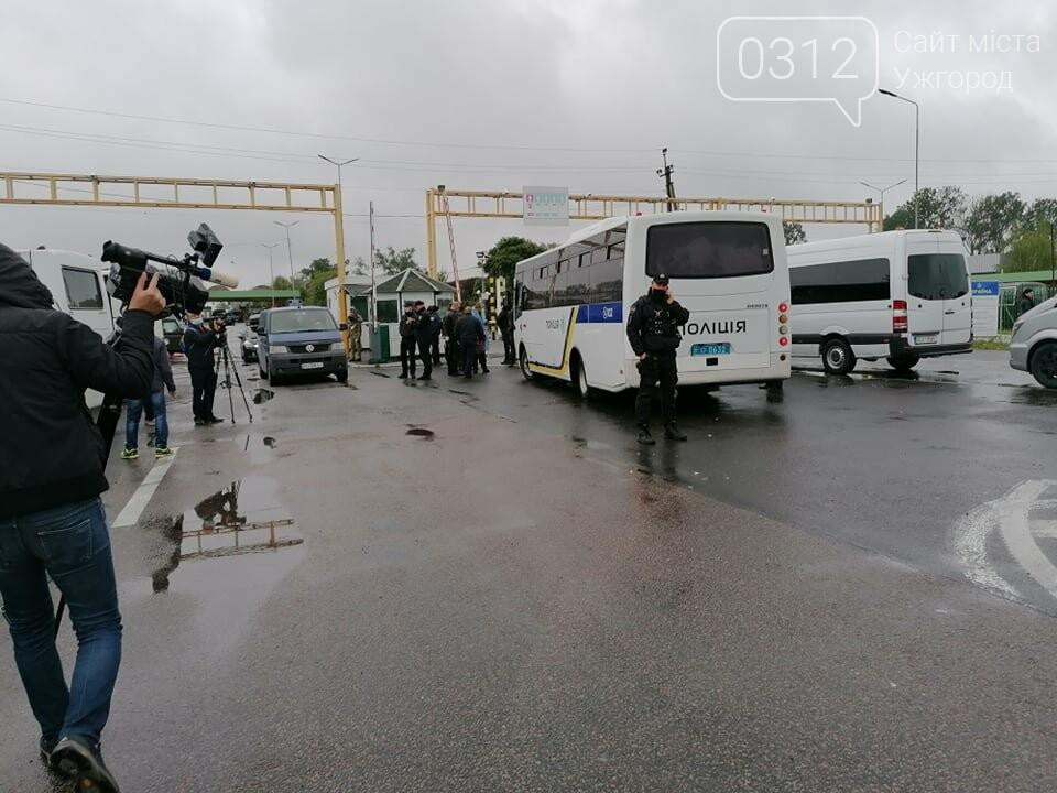 Водії, які блокували КПП «Тиса», залишились незадоволеними вартістю розмитнення (ФОТО), фото-6