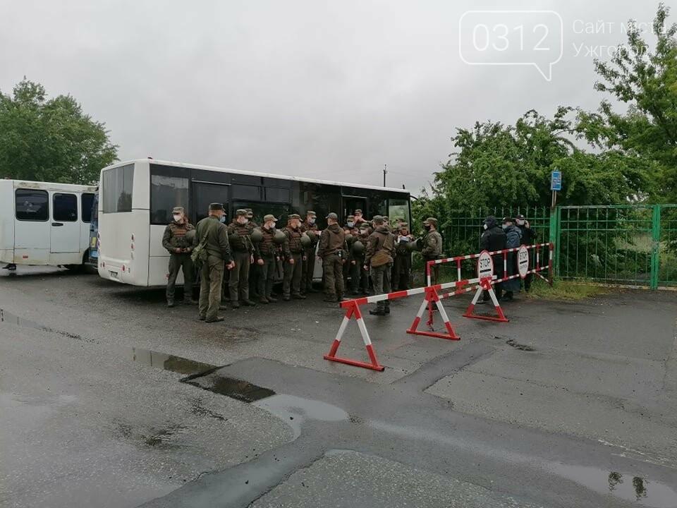Водії, які блокували КПП «Тиса», залишились незадоволеними вартістю розмитнення (ФОТО), фото-1