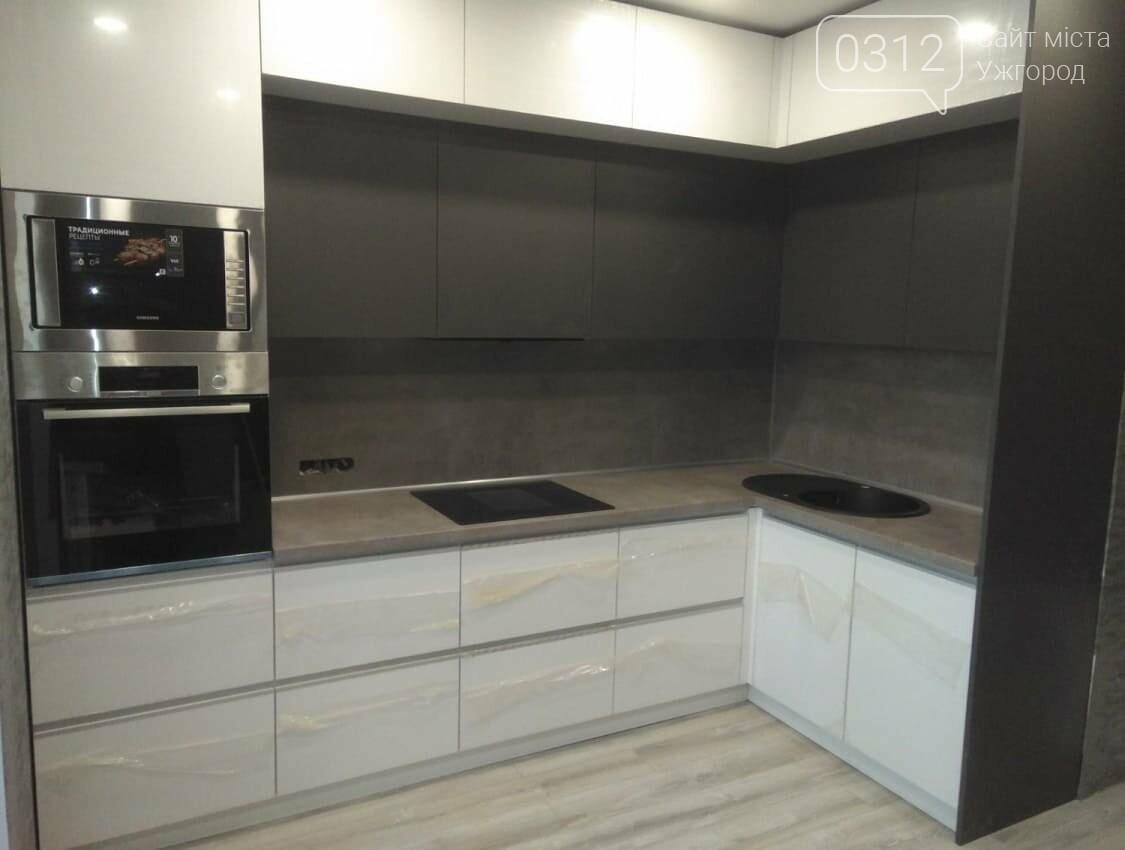 Кухні до стелі: сучасні, практичні та місткі, фото-4