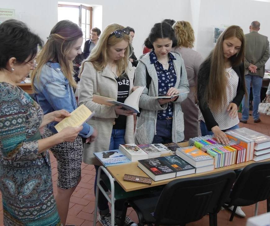 Ужгород у рамках фестивалю зібрав найкращих письменників України, фото-6