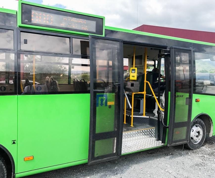 З серпня в Мукачеві курсуватимуть сучасні нові автобуси, фото-2