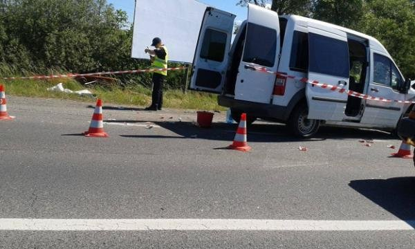 """На трасі """"Київ-Чоп"""" недалеко від Ужгорода сталась ДТП: фото, фото-1"""